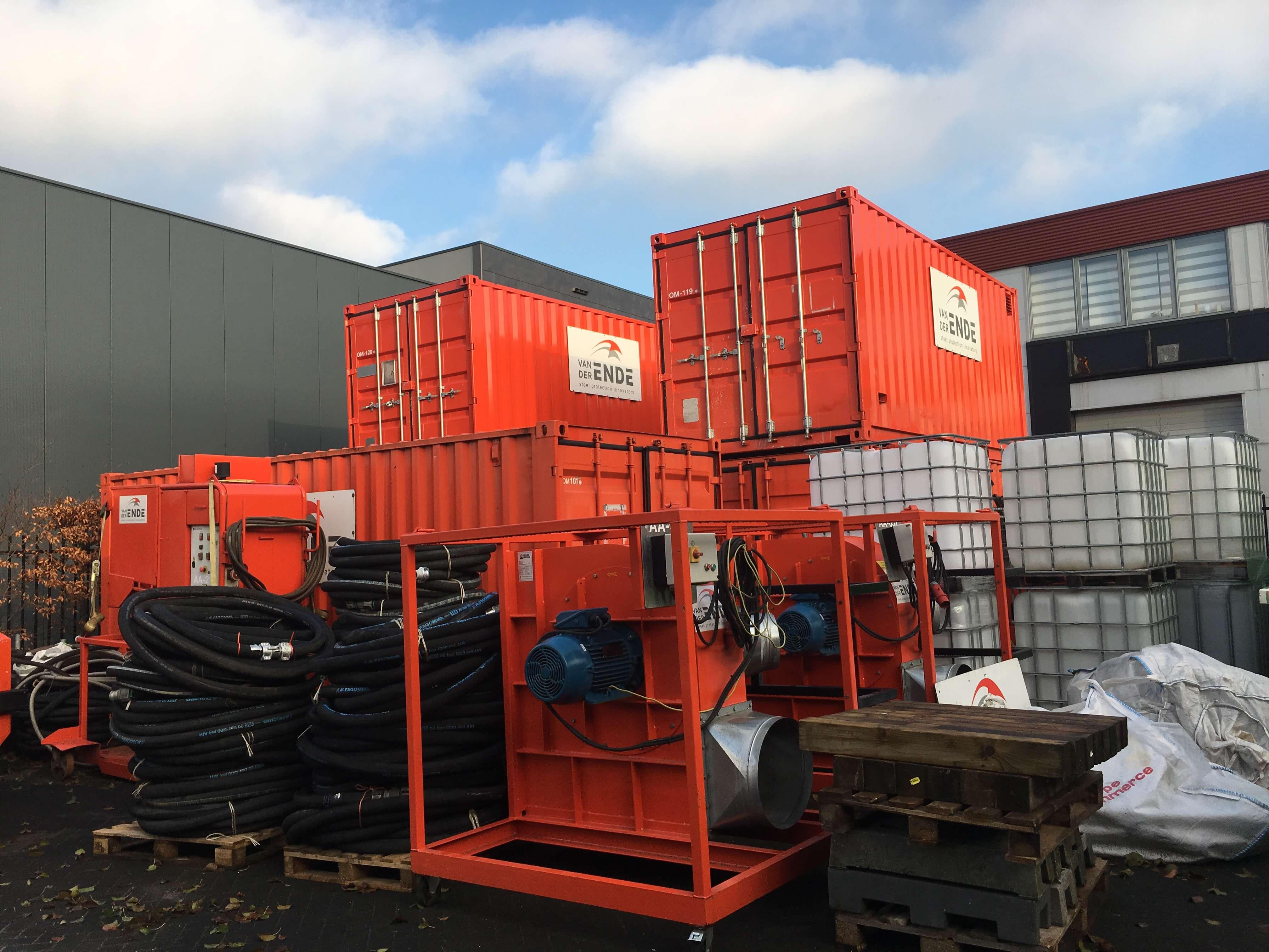 van-der-ende-steel-protectors-containers